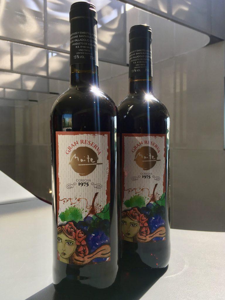 Botellas personalizadas por Tiporium.