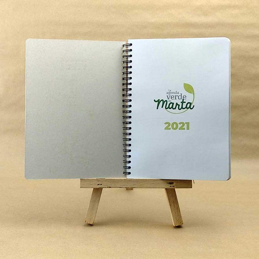 Detalle de ejemplo de nombre de agenda personalizable de Tiporium