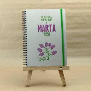 Portada de agenda artesanal personalizable, muestra el color morado